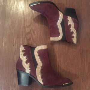 Nasty Gal 100% Real leather western style booties!